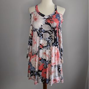 Boutique Small Tunic Floral Pink Cold Shoulder